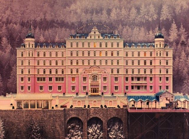 The-Grand-Budapest-Hotel-Still-590x436